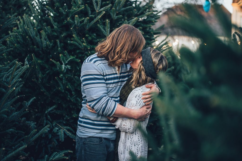 Marijuana Dating Site: A Newbie's Guide to Dating with Weed